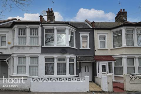 3 bedroom terraced house for sale - Montpelier Gardens, London