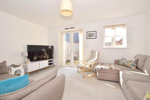 2 bedroom semi-detached house for sale - Faires Close, Horsham, West Sussex