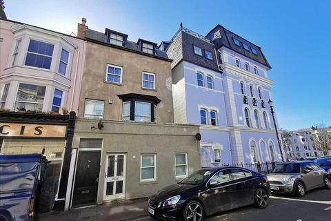 2 bedroom apartment for sale - South Street, Scarborough