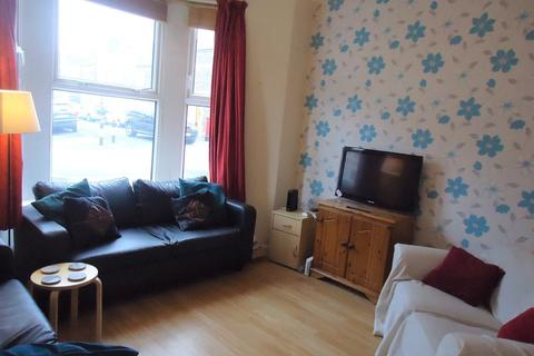 4 bedroom terraced house to rent - Inverness Place, Roath, Cardiff