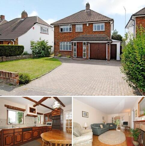 4 bedroom detached house for sale - Lower Sunbury,  Middlesex,  TW16
