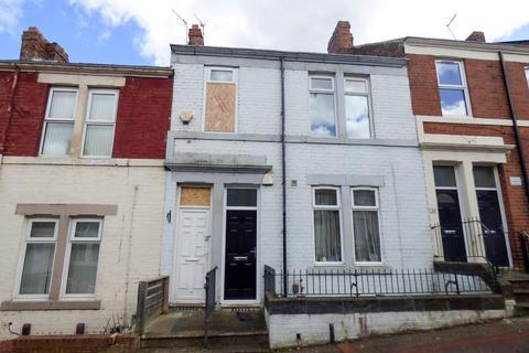 3 bedroom flat for sale - Howe Street, Gateshead