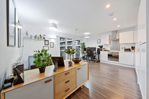 1 bedroom apartment to rent - Dance Square, London, EC1V
