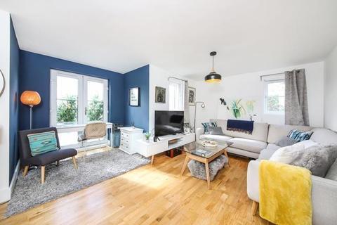 2 bedroom flat for sale - Rye Hill Park Peckham SE15