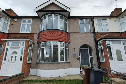 3 bedroom terraced house to rent - Stratton Drive, Barking IG11