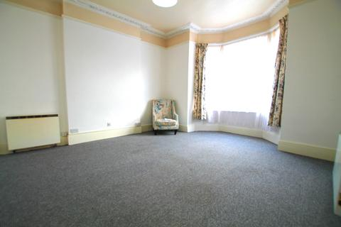 2 bedroom detached house to rent - Ilford IG1 4JY