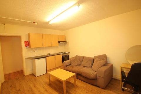 1 bedroom ground floor flat to rent - Stirling Road, Edgbaston, Birmingham, B16