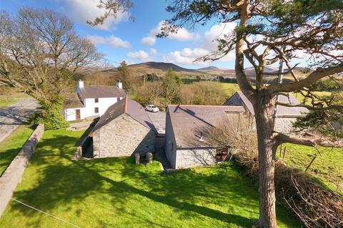 8 bedroom house for sale - Pentir, Bangor, Gwynedd, LL57