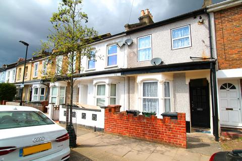 2 bedroom detached house to rent - Forest Gate E7 0AT