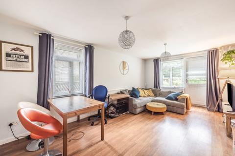 2 bedroom flat to rent - Lancaster Road London N4