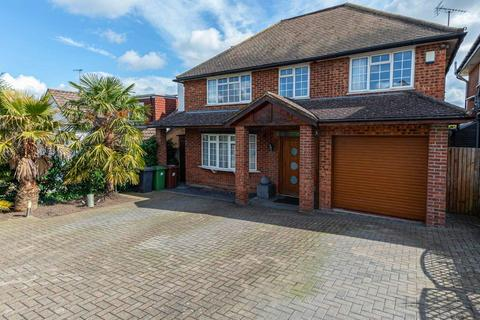 5 bedroom detached house for sale - Deacons Hill Road, Elstree, Hertfordshire, WD6