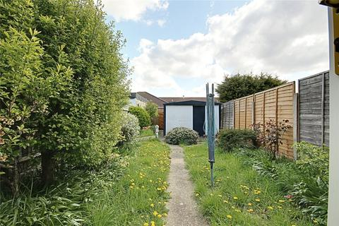 3 bedroom terraced house to rent - Lytton Avenue, Enfield, EN3