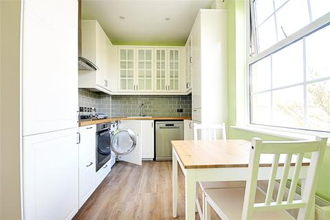 2 bedroom flat to rent - King William Court, Kendall Road, Waltham Abbey, EN9