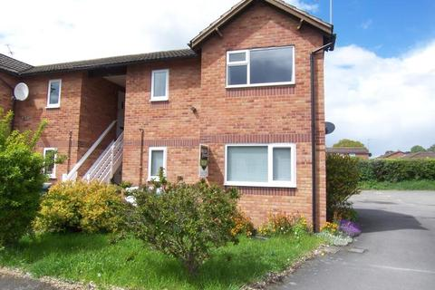 1 bedroom flat to rent - 12 The Ridings, Bicton Heath, Shrewsbury, SY3 5ES