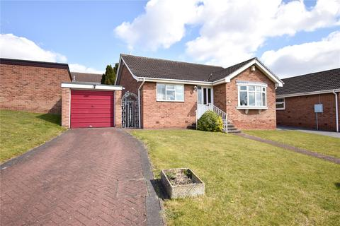 3 bedroom bungalow for sale - Woodfoot Road, Moorgate, Rotherham, S60