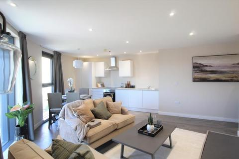2 bedroom apartment for sale - THE RESIDENCE, KIRKSTALL ROAD, LEEDS, LS3 1LX