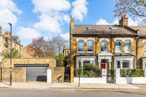 4 bedroom semi-detached house for sale - Mervan Road, Brixton, London, SW2