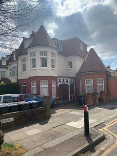 2 bedroom flat to rent - Fox Lane, Palmers Green N13