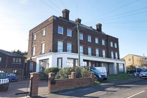 Studio for sale - 6 Avery Court, Avery Way, Allhallows, Rochester, Kent