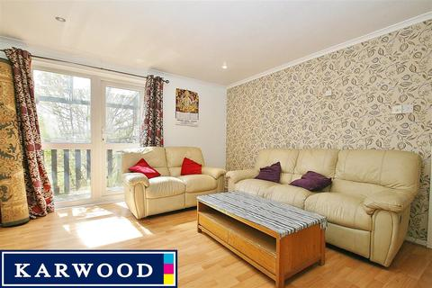 1 bedroom apartment to rent - Maple Road, Hayes