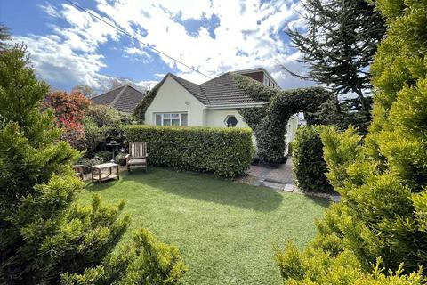 5 bedroom detached bungalow for sale - High Howe Lane, Bournemouth