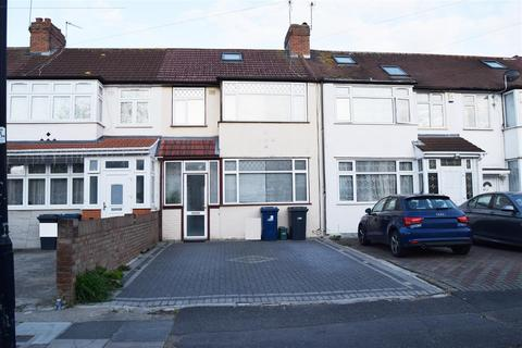 3 bedroom terraced house for sale - St Joseph's Drive  Southall, Southall