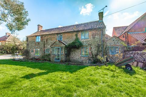 3 bedroom detached house for sale - Thursford