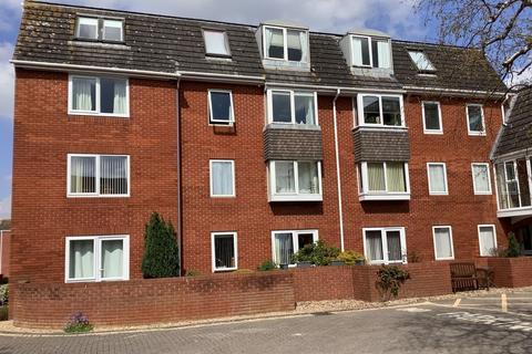 1 bedroom flat to rent - Homecourt House