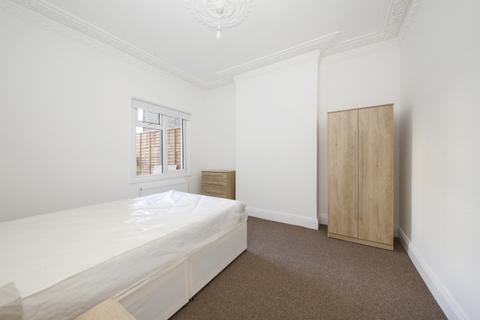 1 bedroom in a house share to rent - Drakefell Road Brockley SE4