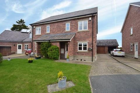 3 bedroom semi-detached house for sale - Worthenbury, Wrexham