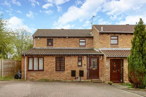 4 bedroom semi-detached house to rent - Lower Earley,  Reading,  RG6
