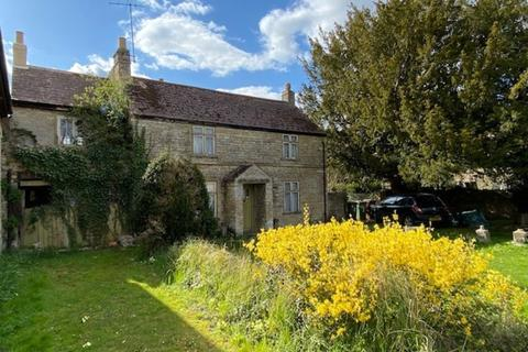 3 bedroom semi-detached house for sale - Welmore Road, Glinton