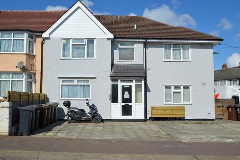 1 bedroom ground floor flat for sale - Crosby Road, Dagenham