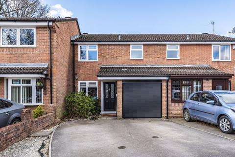 3 bedroom terraced house for sale - Berrywood Gardens, Hedge End, SO30 4QZ