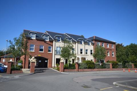 2 bedroom retirement property to rent - Monmouth Road, Abergavenny