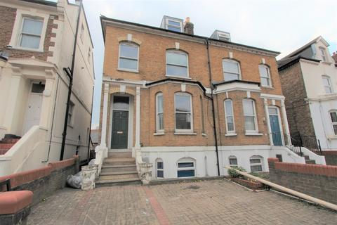 5 bedroom semi-detached house to rent - Mayes Road, Wood Green, N22