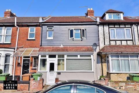 3 bedroom terraced house for sale - Warren Avenue, Milton