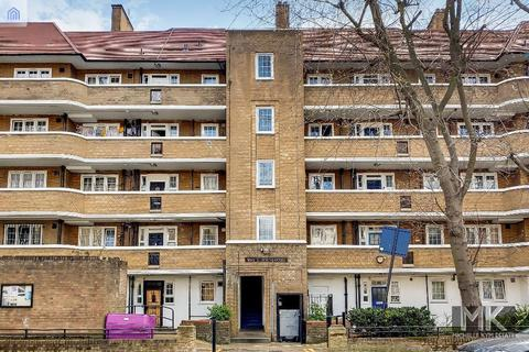 3 bedroom flat to rent - Prusom Street, Wapping, London, E1W 3NP