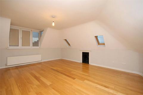 2 bedroom apartment to rent - Francis Dodd Court, Cresswell Park, London, SE3