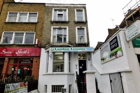 3 bedroom apartment to rent - Shepherds Bush Road, London