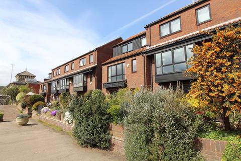 4 bedroom house to rent - Rownham Mead, Bristol, BS8 4YB