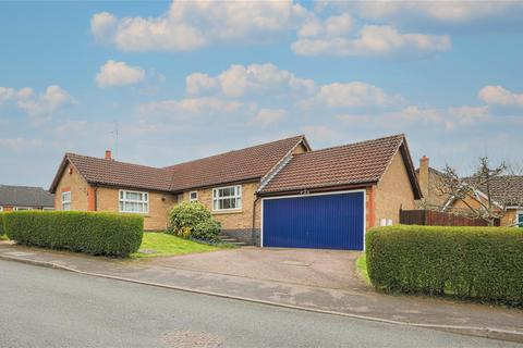 3 bedroom detached bungalow for sale - Pulford Drive, Thurnby, Leicester
