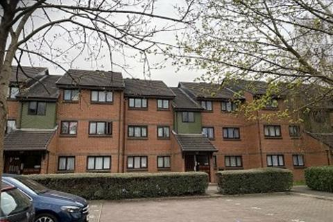 2 bedroom flat to rent - Maltby Drive , Enfield Highway