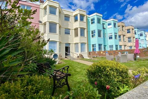 10 bedroom townhouse for sale - West End Parade, Pwllheli