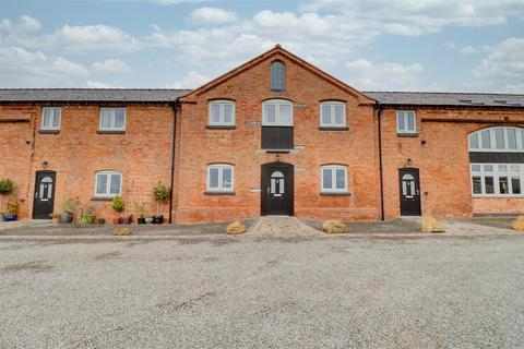 3 bedroom barn conversion to rent - Park Farm Barns, Stratford Northern Bypass, Stratford- upon-Avon