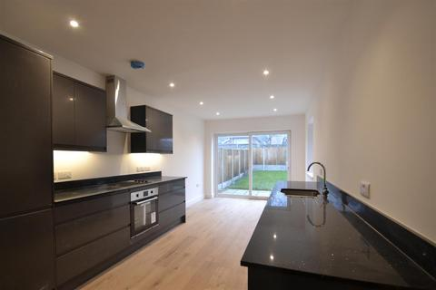 2 bedroom semi-detached house to rent - Norwich, NR10