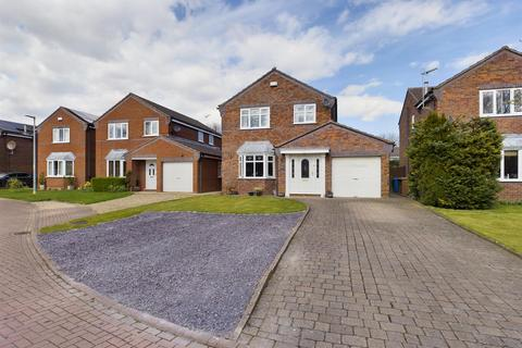 4 bedroom detached house for sale - Oaklands, Cranswick, Driffield