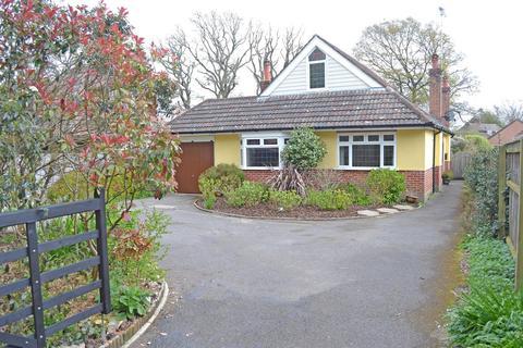 5 bedroom chalet for sale - New Road, West Parley, Ferndown