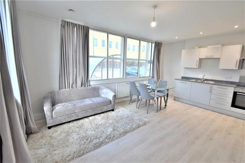 2 bedroom flat to rent - Nobel Drive, Harlington, Hayes