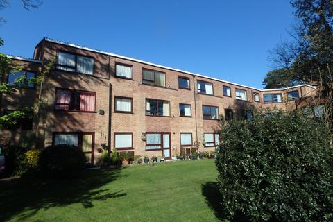 1 bedroom flat for sale - Homefield House, Barton Court Road, New Milton, BH25 6NP